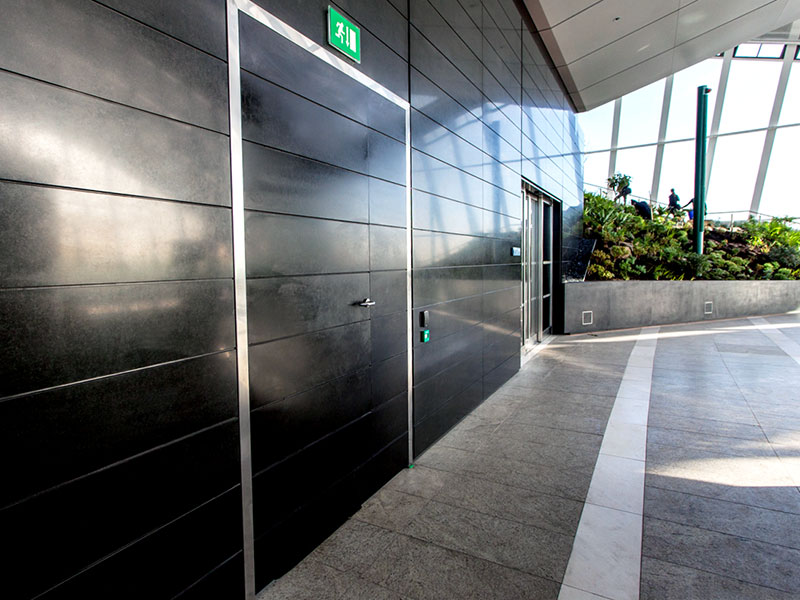 Profab Access 8000 Series riser doors at 20 Fenchurch Street, London